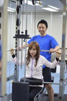 Muscle training using a machine