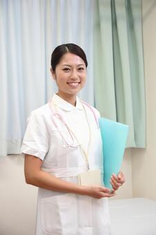 Nurse 22