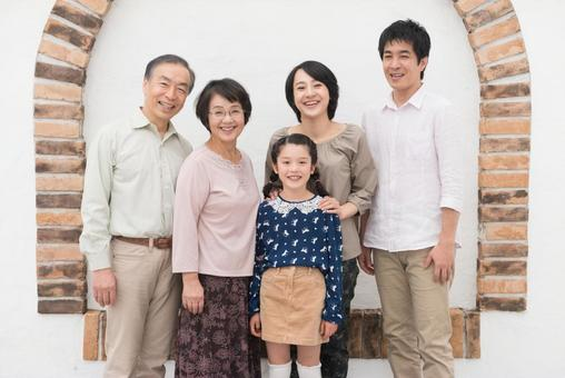 Good friend three generations family (standing) 23