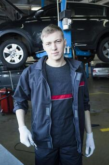 Automobile mechanic with spanner 8