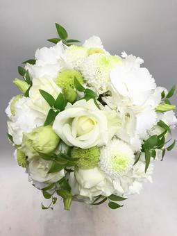 White rose, ping-pong mum and round bouquet of Turkey china