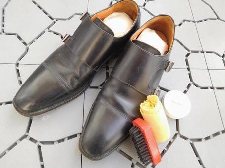 Business shoes Shoe polish