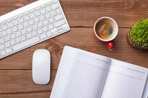 PC accessories and writing instruments and coffee 1