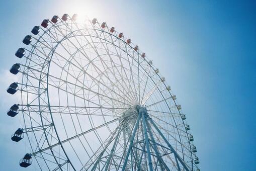 Sky and ferris wheel