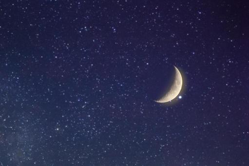 밤하늘 달 영적 이미지 180730