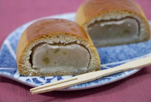 Chestnut bun