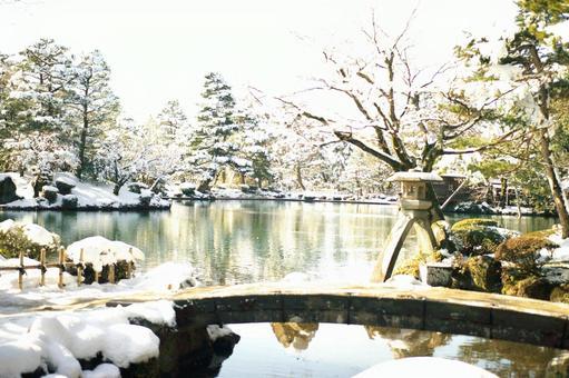 Kanazawa Kenrokuen in a superb view