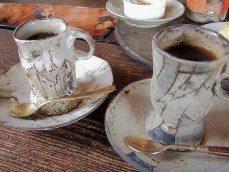 老民居咖啡館和作家的咖啡杯