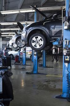 Auto mechanic factory 7