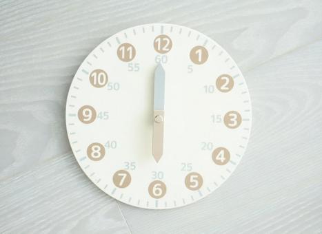 Toy analog clock 6 o'clock