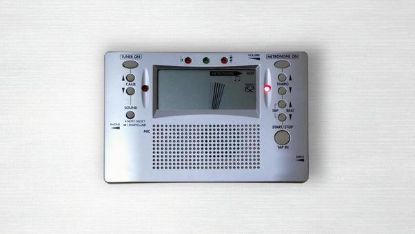 Tuner / Metronome-Image of using the metronome