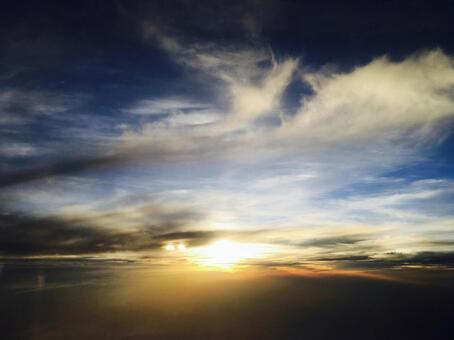 天空和太陽的景色2