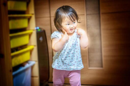 불 튼튼하고 미소 짓는 아이 프리 소재 무료 소재 사진 이미지