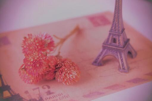 Antique letters and flowers of Sennichikou and the Eiffel Tower