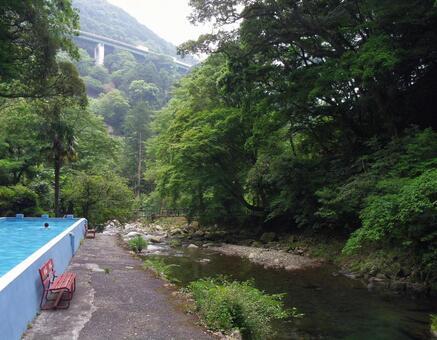 비탕 혼욕 大滝温泉 폭포 청량감