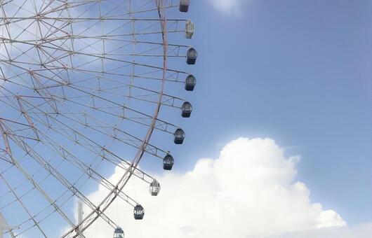푸른 하늘과 관람차 2
