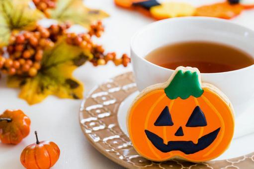 Halloween season tea time