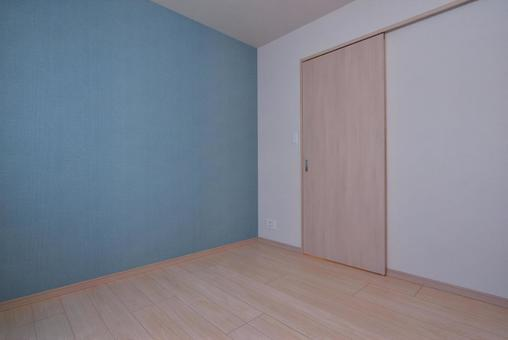Unfurnished living room (light brown flooring and blue accent cloth)