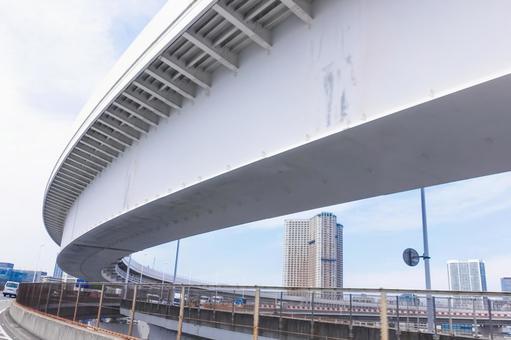 Tower condominiums seen from the Shibaura side approach (loop bridge) of Rainbow Bridge