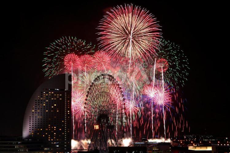 神奈川新聞花火大会17の写真