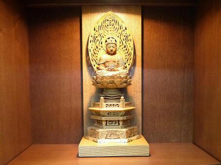 불단 속의 부처님