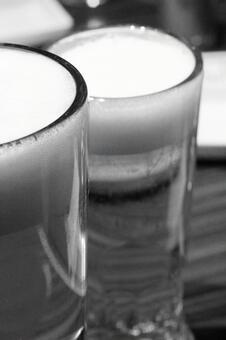 Beer monochrome