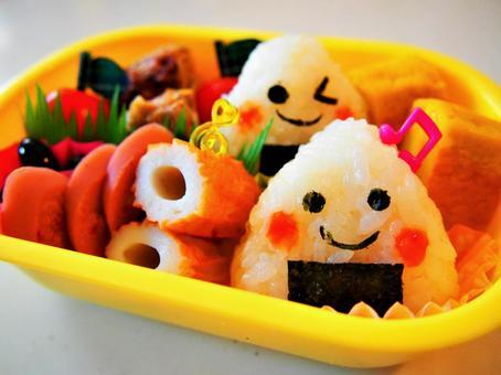 幼儿园儿童的午餐盒