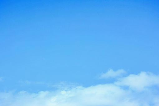 Blue sky and white clouds (wallpaper free free material background) Photo 06