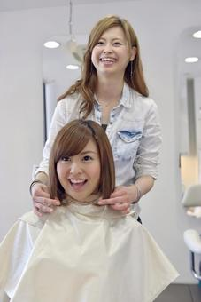 Beauty salon customers and hairdressers 36