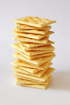 Overlapped crackers