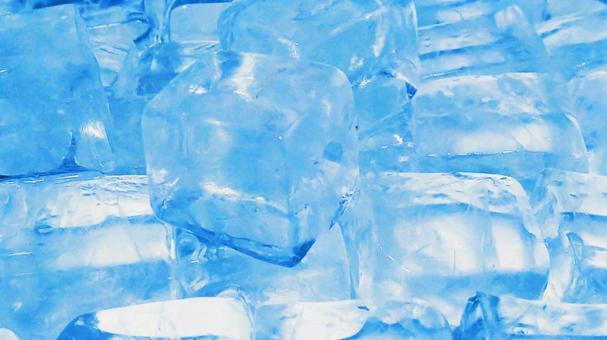 Ice 82 (bluish light blue)
