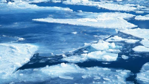 유빙 관광선 오로라 호에서의 절경