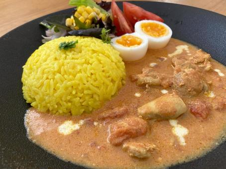 Butter chicken curry and turmeric rice 2