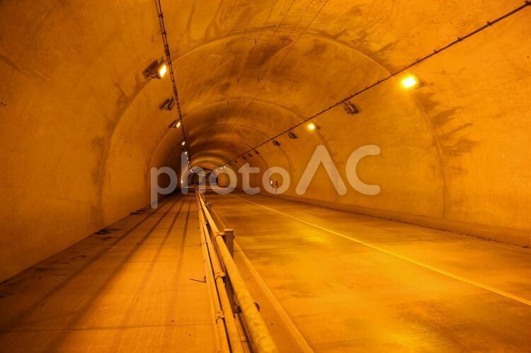 トンネルの中(大越路トンネル)の写真
