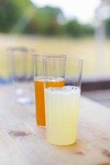 新鮮的果汁