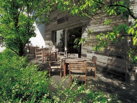戶外咖啡廳露台