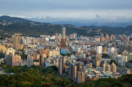 View of Taipei City-View from Junjianyan