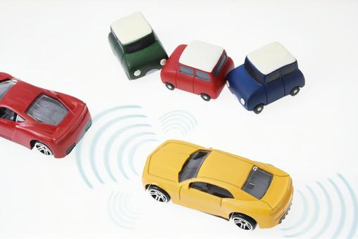 Accident prevention drive assist · Automatic driving image