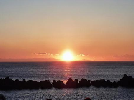 First sunrise 1