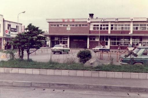 1965 년대의 왓 카나이 역 구 역사 (1970 년경)