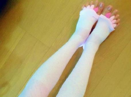 Relaxing at home with separate toes