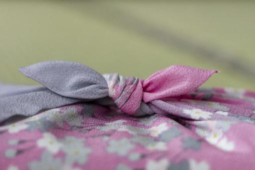 Cherry-blossom wrapping cloth