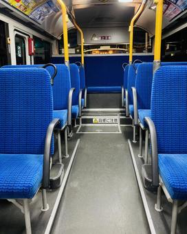 Inside an unmanned bus (5)