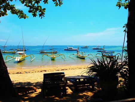 Bali's hidden beach
