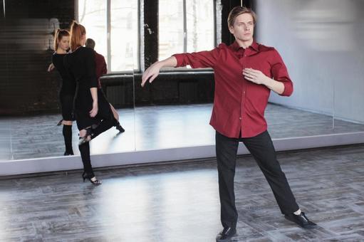 Men & Women's Dancers 3