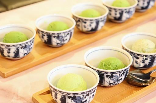 Five-tiered green tea ice cream ④
