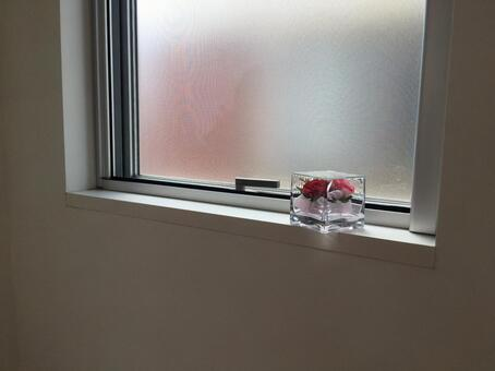 Window of toilet Breatherbed Flower
