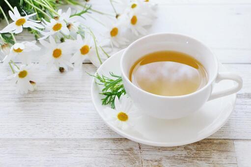 Margaret and jasmine tea