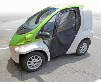 Compact car (small car)