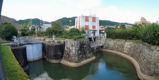 Lake Biwa Jiushui Otsu Gate